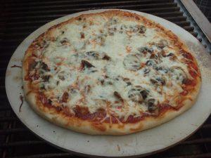 WOOD FIRE BBQ CHICKEN PIZZA