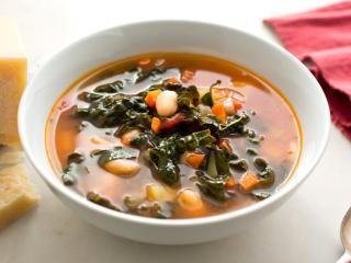 White Bean, Crispy Kale & Smoky Tomato Basil Soup