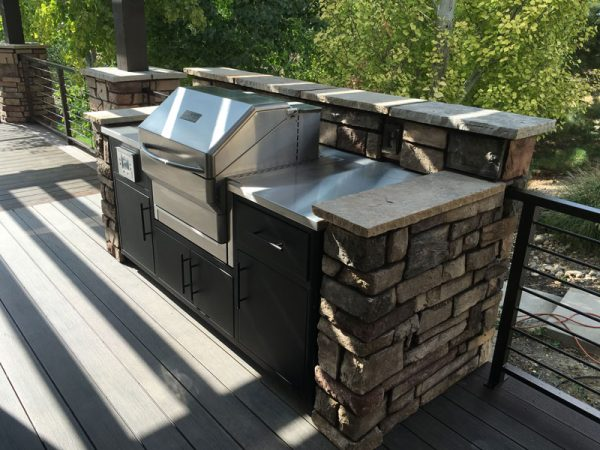 Outdoor kitchen Grill With Memphis Wood Fire Grills