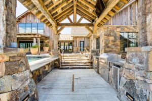 Homeowners Are Craving Luxurious Outdoor Kitchens, Memphis Grills